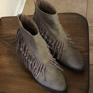 Sbicca Tassell Booties 10